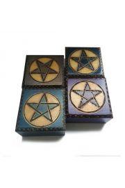 Szkatułka z pentagramem, zdobiona ręcznie