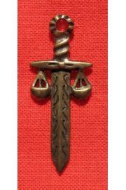 Miecz Temidy - niszczy zło, przynosi sprawiedliwe wyroki