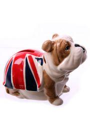Skarbonka - buldog z nałożonym ubraniem w kolorach brytyjskiej f