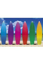 Kolorowe Deski Surfingowe na Plaży - plakat