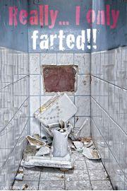 Toaleta - Tylko Pierdnąłem - zabawny plakat