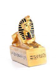 Złoty egipski sfinks na podstawie z hieroglifu
