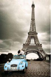 Paryż Romans - Pocałunek pod Wieża Eiffla - plakat
