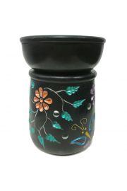 Kominek do aromaterapii zdobiony wzorem w kwiaty i motyle